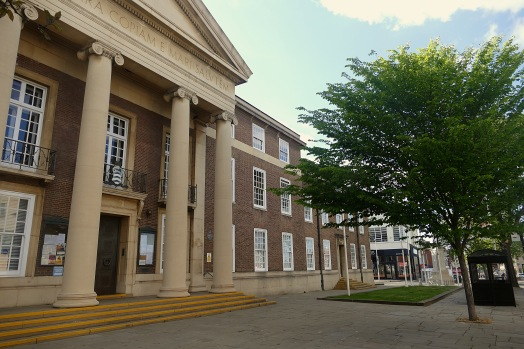 Worthing Town Hall © 16 Beasley St Photography